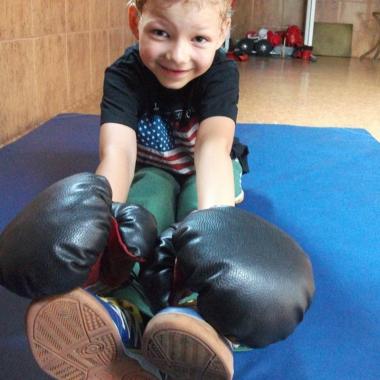 Boks -Trening personalny uroczego 6-letniego Hubercika_1