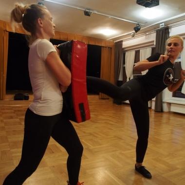 Kurs samoobrony dla kobiet w Rędzinach - Trening Personalny, Trener personalny Tomasz Boral_14