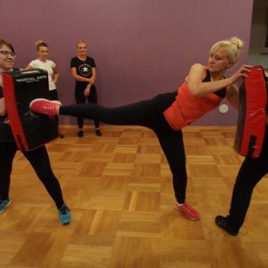 Kurs samoobrony dla kobiet w Rędzinach - Trening Personalny, Trener personalny Tomasz Boral_16