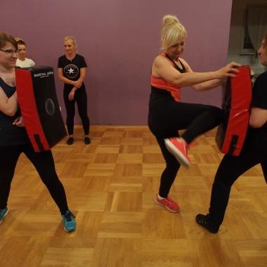 Kurs samoobrony dla kobiet w Rędzinach - Trening Personalny, Trener personalny Tomasz Boral_17