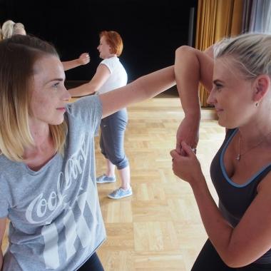 Kurs samoobrony dla kobiet w Rędzinach