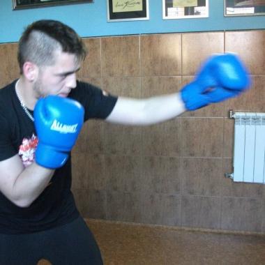 Profesjonalny trening technik bokserskich_8