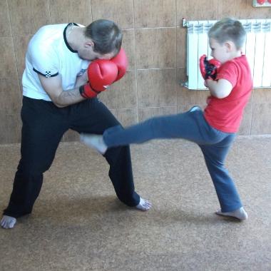 Wszechstronny mieszany trening dzieci z osobami doroslymi_12